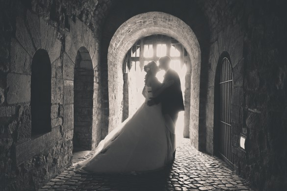 Hochzeitsfotograf Wernigerode - Hochzeitsportrait im Aufgang Schloss Wernigerode